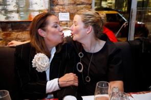 Martina Buckenmaier, Elfi LangefeldModeMedienAbend / Fashion Meets Meat im Restaurant Zum Goldenen Kalb in München am 19.04.2018.Agency People Image (c) Jessica Kassner