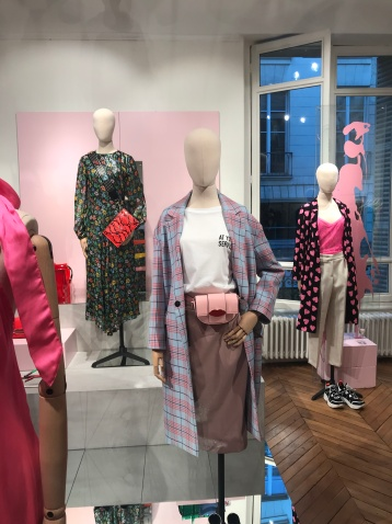Essentiel Antwerp bleibt eklektisch und farbenfroh