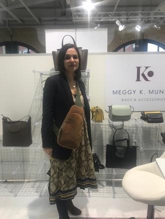 Fell im Kleinen: Lammfell Bodybag von Meggy K